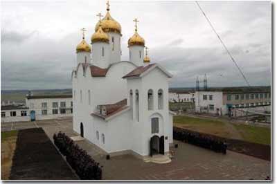 Храм Всех святых в России просиявших. Сухиничи, колония ИК-5