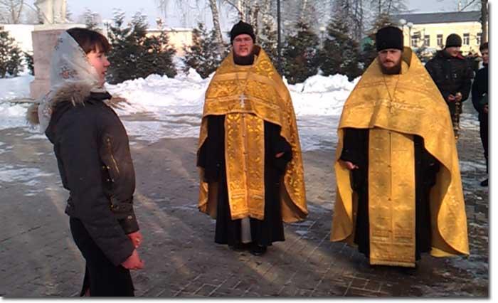 После молебна доброе слово сказала воспитанница Козельской православной гимназии