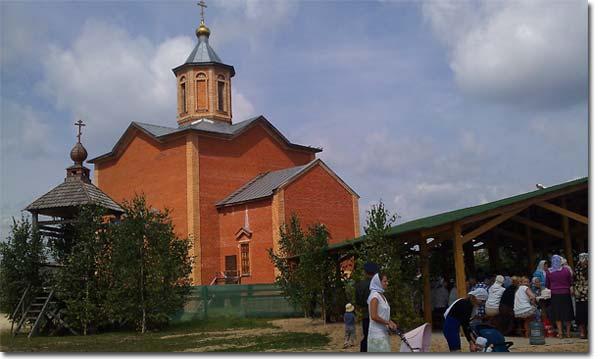 Сосенский. Храм прп. Серафима Саровского